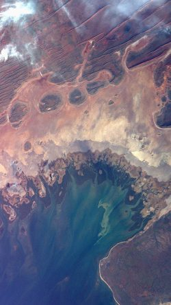papers.co-at64-earthview-satellite-map-sea-land-art-illustration-33-iphone6-wallpaper