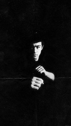 papers.co-ha02-bruce-lee-film-face-33-iphone6-wallpaper