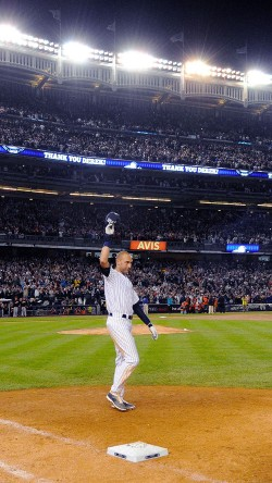 papers.co-hb79-derek-jeter-walk-off-single-33-iphone6-wallpaper