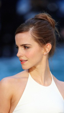 papers.co-hb93-emma-watson-in-white-dress-33-iphone6-wallpaper