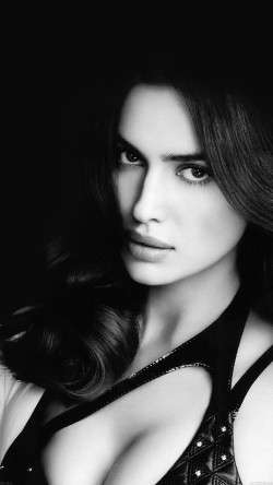 papers.co-hc04-irina-shayk-model-sexy-33-iphone6-wallpaper