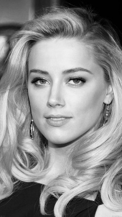 papers.co-hc17-amber-heard-black-dress-hollywood-star-33-iphone6-wallpaper