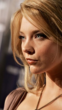 papers.co-hc42-natalie-dormer-film-english-actress-celebrity-33-iphone6-wallpaper