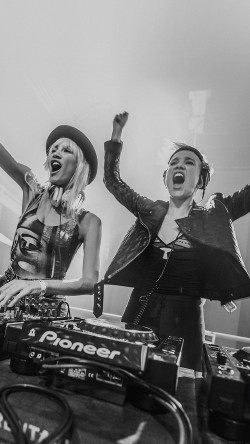 papers.co-hc71-miriam-Nervo-olivia-nervo-musician-dj-33-iphone6-wallpaper