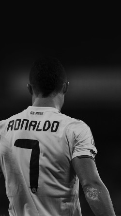 papers.co-hc75-cristiano-ronaldo-7-real-madrid-soccer-dark-33-iphone6-wallpaper