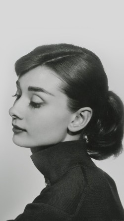 papers.co-hd40-audrey-hapburn-classic-sexy-woman-33-iphone6-wallpaper