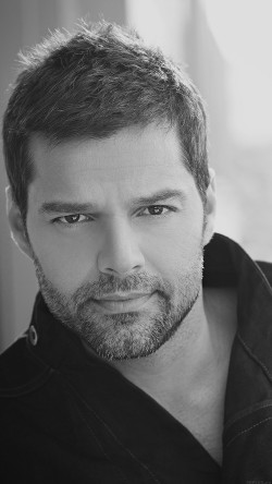 papers.co-he04-ricky-martin-music-artist-singer-celebrity-dark-bw-33-iphone6-wallpaper