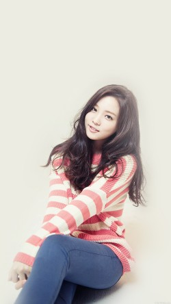 papers.co-he81-yoon-sohee-kpop-girl-cute-33-iphone6-wallpaper
