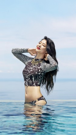 papers.co-hf68-sulli-bikini-pool-kpop-sexy-idol-beach-33-iphone6-wallpaper