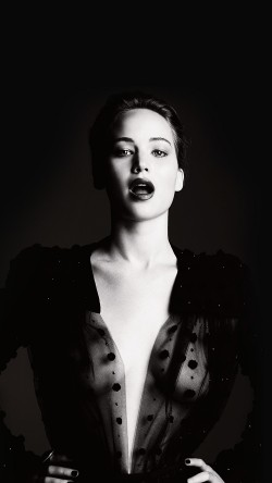 papers.co-hg06-jennifer-lawrence-dark-celebrity-sexy-bw-film-33-iphone6-wallpaper
