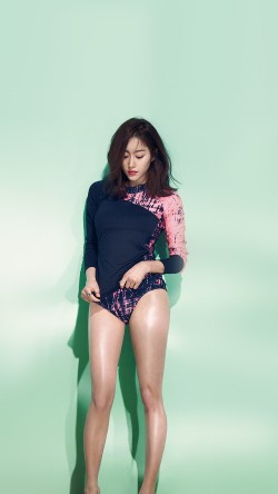 papers.co-hg37-model-rashguard-summer-swim-kpop-33-iphone6-wallpaper