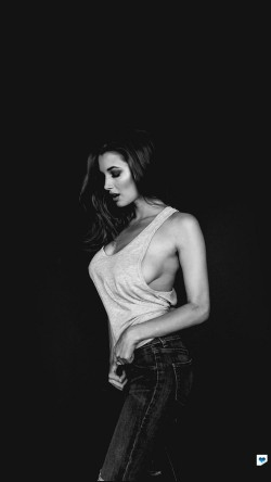 papers.co-hh02-alyssa-arce-dark-bw-model-33-iphone6-wallpaper