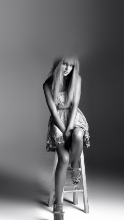 papers.co-hh20-taylor-swift-singer-bw-celebrity-33-iphone6-wallpaper