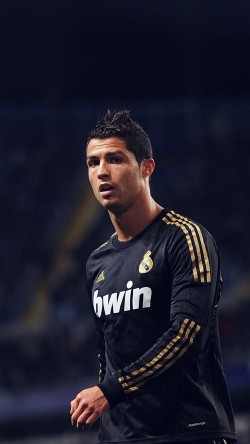 papers.co-hh82-ronaldo-christiano-soccer-star-33-iphone6-wallpaper