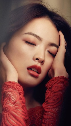 papers.co-hh99-woohee-chun-kpop-red-model-magazine-33-iphone6-wallpaper