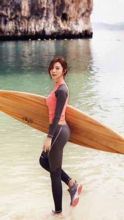 papers.co-hi12-sujin-beach-swim-vacation-kpop-film-33-iphone6-wallpaper