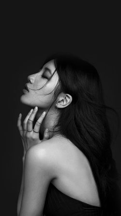 papers.co-hi44-suji-dark-bw-kpop-girl-33-iphone6-wallpaper