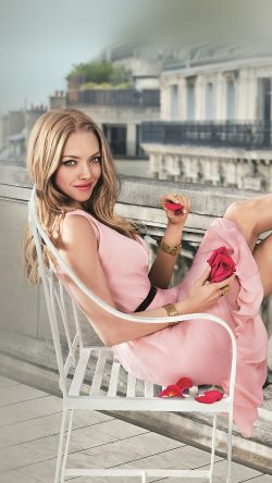 papers.co-hk78-amanda-seyfried-pink-celebrity-33-iphone6-wallpaper