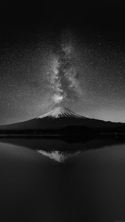 papers.co-mc71-wallpaper-milky-way-on-black-mountain-fuji-sky-33-iphone6-wallpaper