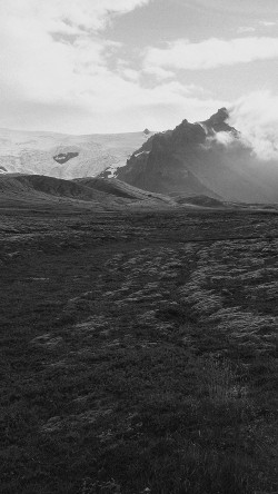 papers.co-mj30-green-field-land-mountain-love-bw-33-iphone6-wallpaper