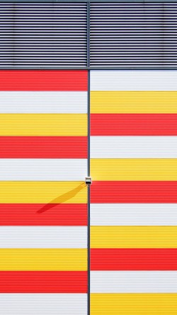 papers.co-mz42-red-yellow-white-pattern-city-33-iphone6-wallpaper