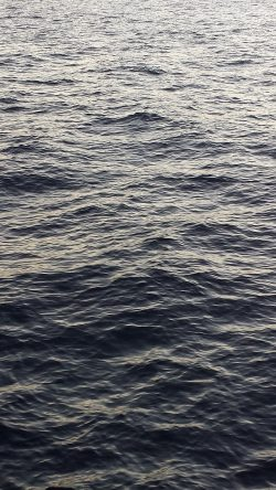 papers.co-ne92-sea-ocean-wave-dark-blue-nature-33-iphone6-wallpaper