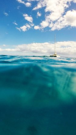 papers.co-ni10-sea-ocean-boat-summer-vacation-blue-green-33-iphone6-wallpaper