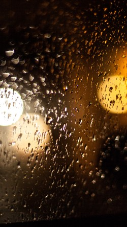 papers.co-vl43-rainy-night-drops-bokeh-orange-pattern-33-iphone6-wallpaper